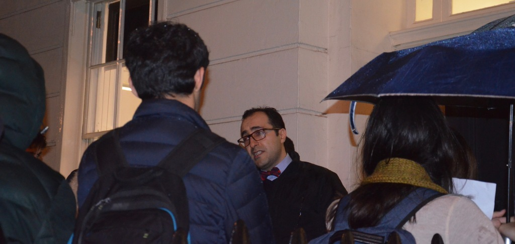 Ramin Nassehi leading Economics Walk